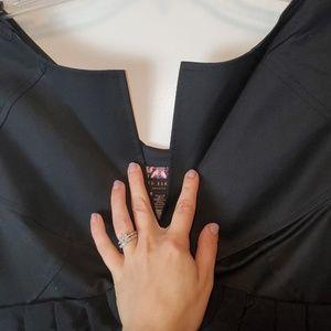 Ted Baker London Dresses - Ted Baker Sheath Dress Butterfly Lined Pockets EUC